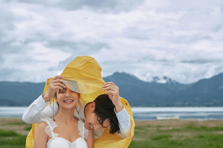 外景旅拍婚纱修图调色思路